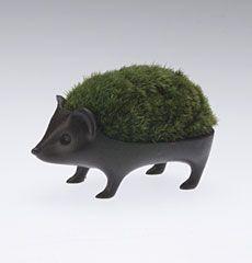 porcupine greenery holder