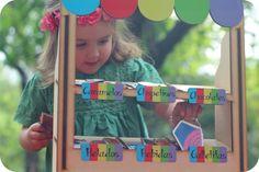 Toldito de colores http://www.emmayrob.com/toldito-de-colores/