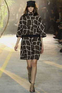 c5b4b44a35256 Moncler Gamme Rouge Spring Summer 2014 Ready-To-Wear