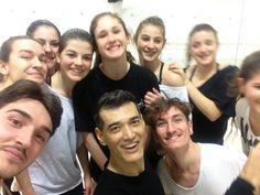 DANZART a Modugno :-)!  La scuola é di Rosy Loconte e mio:)!  Amo queste ragazze sono da un anno e mezzo abbiamo aperto.  Spero per loro sempre la passione per la Danza e Vita!