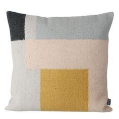 Kelim kudde, squares i gruppen Textil / Plädar & Prydnadskuddar / Prydnadskuddar hos RUM21.se (129467)