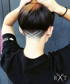 Sweet Cut Thanks # ShornNape… - Neue Frisuren Undercut Natural Hair, Undercut On Short Hair, Undercut Pixie, Undercut Hairstyles Women, Undercut Women, Fast Hairstyles, Pixie Haircuts, Updo Hairstyle, Pixie Hairstyles