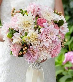 Heart's Promise Bouquet Perfect for Every Bride - Toronto Bulk Flowers Pink Garden, Garden Roses, Affordable Wedding Flowers, Fort Worth Wedding, Local Florist, Calla Lily, Flower Delivery, Dahlias, Chrysanthemums