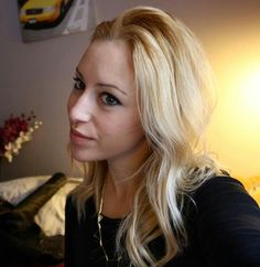 Blonde Hair color http://youtube.com/carolinesafia