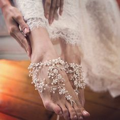 #Adorable #Barefoot #Beach #Wedding #Shoes Ideas For Beautiful #Bride