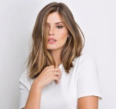 The darling of the moment is the cut of Long Bob 2019 . Ombre Hair, Balayage Hair, Pretty Hairstyles, Bob Hairstyles, Medium Hair Styles, Short Hair Styles, Brown Blonde Hair, How To Make Hair, Gorgeous Hair