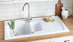 Cooke and Lewis white sink to add to your new kitchen, or refresh your old one! Kitchen Sink Caddy, Ceramic Kitchen Sinks, Small Kitchen Sink, Modern Kitchen Sinks, Kitchen Sink Design, Kitchen Sink Organization, Modern Sink, Kitchen Sink Faucets, New Kitchen