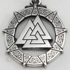 VALKNUT CELTIC WARRIOR'S Knot Viking Odin Nordic God Pendant Necklace