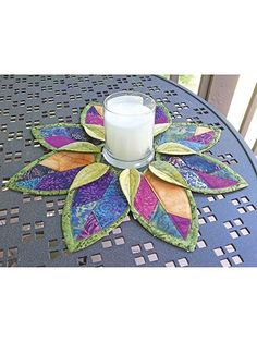 Pieced Table Topper Patterns - Fold'n Stitch Leaf Topper Quilt Pattern