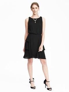 Tiered Ruffle Skirt Dress (IN BLACK)