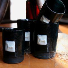 Black porcelain Mugs, Tableware, Black, Design, Dinnerware, Black People, Tumblers, Tablewares, Mug