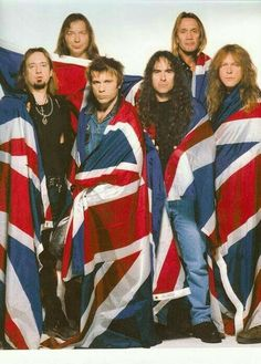 Iron Maiden Late at nite a little maiden still makes laugh and cry! It's my ex boyfriends favorite band. Bruce Dickinson, Rock N Roll, Beatles, Iron Maiden Band, Iron Maiden Live, Tribute, Rock Of Ages, Dimebag Darrell, James Hetfield