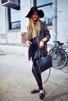 floppy hat with chic outfit
