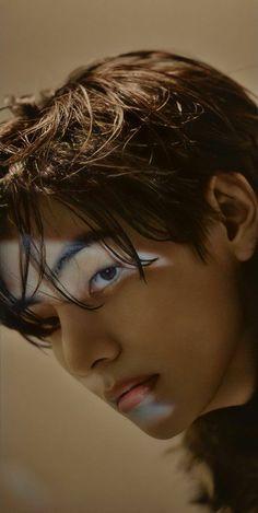 Daegu, Foto Bts, Bts Taehyung, Bts Kim, V Bts Wallpaper, Bts Aesthetic Pictures, Bts Korea, Bts Lockscreen, Album Bts