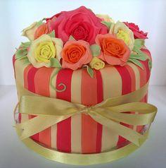 Fantasy flowers cake