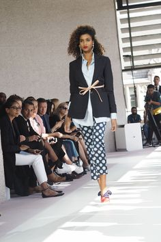 London Fashion Week Topshop Unique Show Spring Summer 2016 with retro 80's trends