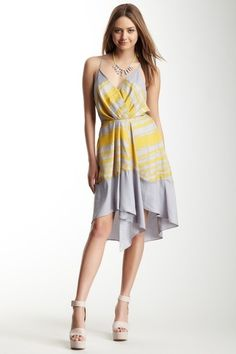 What a perfect spring dress!