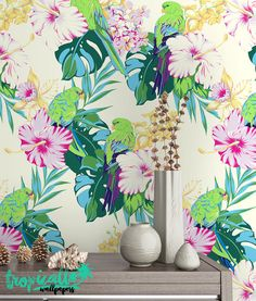 Exotic Parrot Pattern Wallpaper  Removable Wallpaper von TropicWall