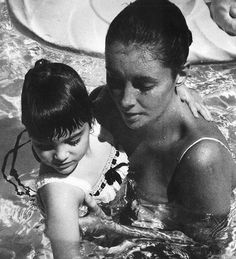 Elizabeth and daughter Liza