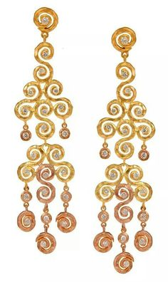 Pamela From an tw- tone Crushed gold earrings with diamonds
