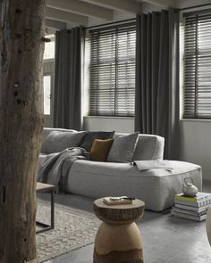 The Undeniable Reality About Modern All White Living Room Decor - tophomedecore Living Room Grey, Interior Design Living Room, Home And Living, Living Room Designs, Living Room Decor, Room Colors, Curtains, Home Decor, Lyon