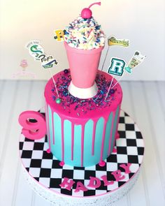Birthday Cake Milkshake, 13 Birthday Cake, Pretty Birthday Cakes, 14th Birthday, Birthday Parties, Riverdale Characters, Teen Cakes, Crazy Cakes, Drip Cakes