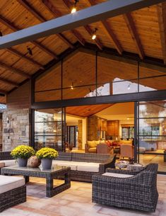 Stocker Hoesterey Montenegro Architects - Luxe Interiors + Design. #Outdoor #LivingRoom