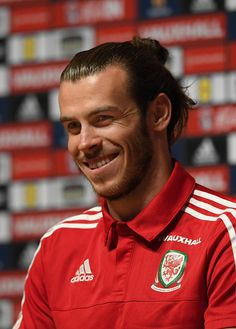 Wales striker Gareth Bale faces the media during a press conference at their Euro 2016 basecamp on June 18 2016 in Dinard France Bale 11, Welsh Football, 2016 Pictures, World Football, European Championships, Gareth Bale, Wales, Conference, June