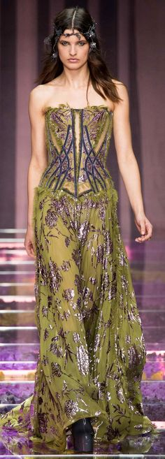 FALL 2015 COUTURE ATELIER VERSACE - green chiffon dress with silver flower embellishment