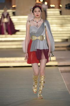 Dolce and Gabbana presents Valley Of Temples: the Alta Moda fashion show in the Temple of Concordia, Agrigento, Sicily, Italy (July Style Couture, Haute Couture Dresses, Haute Couture Fashion, Dolce & Gabbana, Fashion Week, Runway Fashion, Fashion Show, Womens Fashion, Fashion Design