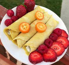 Éhezésmentes karcsúság Szafival - Tojásmentes palacsinta Szafi Free zabpudingból Pineapple, Fruit, Ethnic Recipes, Food, Pinecone, Eten, Meals, Diet