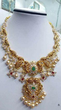 Gold Jewelry In Pakistan Key: 2427993545 Gold Earrings Designs, Gold Jewellery Design, Necklace Designs, Gold Jewelry, Indian Wedding Jewelry, Bridal Jewelry, India Jewelry, Simple Jewelry, Diamond Wedding Bands