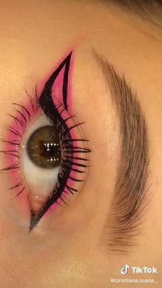 Makeup Eye Looks, Eye Makeup Art, Smokey Eye Makeup, Skin Makeup, Eyeshadow Makeup, Makeup Inspo, Makeup Inspiration, Eye Brows, Edgy Makeup