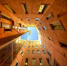 série de photographies d'architecture du photographe italien Stefano Scarselli.