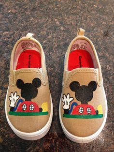 Mickey Mouse Clubhouse personalized hand painted canvas boy shoes by LinleyGrace… Mickey Mouse Bday, Mickey Mouse Clubhouse Birthday Party, Mickey Party, Mickey Mouse Birthday, 3rd Birthday Parties, Baby Birthday, Birthday Ideas, Boy Shoes, Painted Shoes