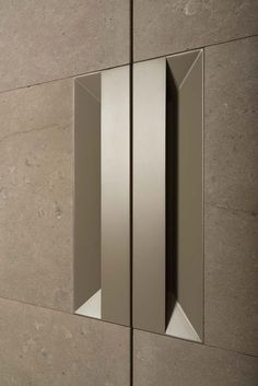 The handle of the Stipo cupboard has the same particular flared contour as the Impluvium kitchen. The grip is created in the thickness of the door - H&H Dubai Furniture Handles, Cheap Furniture, Furniture Design, Furniture Stores, Furniture Websites, Furniture Removal, Inexpensive Furniture, Furniture Outlet, Luxury Furniture