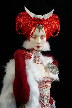 """whiterabbitproject: """" vile-grotesque: """" Art dolls by one of my favorite artists, Virginie Ropars """" Perfection """" Ooak Dolls, Art Dolls, Arte Grunge, Looks Dark, Arte Obscura, Paperclay, Ball Jointed Dolls, Beautiful Dolls, Alice In Wonderland"""