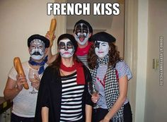 Very clever costume - French Kiss
