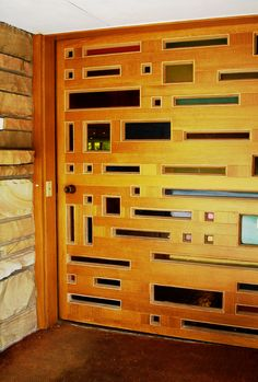 Perhaps the most amazing #mid #century #modern door I've ever seen. #LOVE