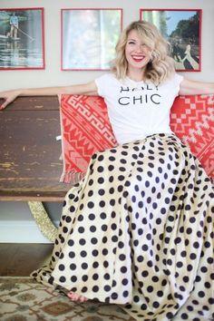 Brooke White , blogger, White T-shirt, tshirt, tee shirt, actress, model, singer, hot, celebrity