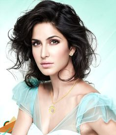 What #KatrinaKaif is doing for her younger sister #Isabel?  http://goo.gl/zkHKUL  #Bollywood #HindiMovie #BollywoodMovie #BollywoodLife ‬‪#‎indianactresses