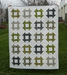 churn dash quilt {finished} I have not sewn a thing in the last couple of days (unless attaching two button eyes to my polar bear block counts). So, I thought it might. Modern Quilt Blocks, Quilt Block Patterns, Quilting Projects, Quilting Designs, Quilting Ideas, Quilting Room, Churn Dash Quilt, Neutral Quilt, Plaid Quilt