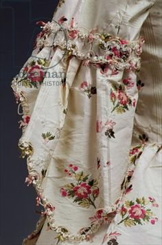 Sleeve detail from a woman's dress, c.1775-80 (silk), English School, (18th century) / © Cheltenham Art Gallery & Museums, Gloucestershire, UK / The Bridgeman Art Library