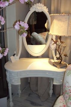 SHABBY CHIC- Deauville Vanity