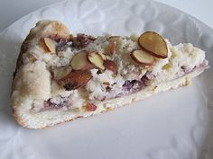 Raspberry Almond Coffee Cake - make your weekend memorable!