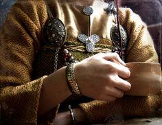 Viking trefoil brooch in silver, replica from Birka