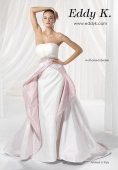 Love this wedding dress look by Eddy K. very glam!