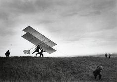 Horizonto linija / Jacques Henri Lartigue