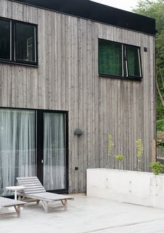 Cabins In The Woods, House In The Woods, My House, Wood Architecture, Architecture Details, Wood House Design, House Cladding, Surf House, Door Paint Colors
