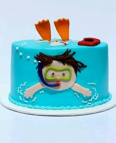 Swim party cake! So cute!